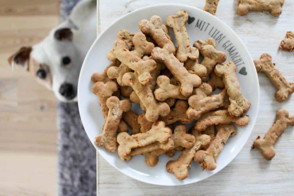 Banana and carrot dog treats